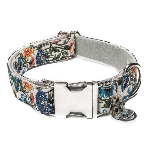 Halsbånd med blomster hundehalsbånd